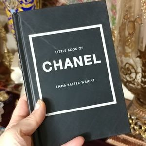 LITTLE BOOK OF CHANEL Book